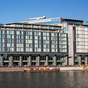 Double Tree by Hilton Amsterdam Central Station