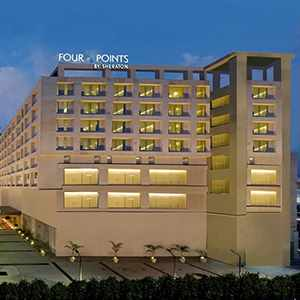 Four Points by Sheraton, City Square