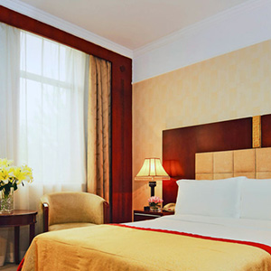 Grand Mercure on Renmin Square